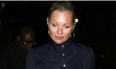 Η Kate Moss το τολμά. Άβαφη σε δημόσια εμφάνισή της