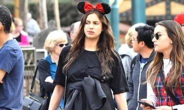 Irina Shayk: Στην Disneyland λίγο πριν γίνει μανούλα