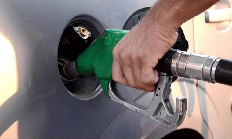 «Ξέφρενη» η τιμή της βενζίνης - Η Ελλάδα έχει τη δεύτερη ακριβότερη στην Ευρώπη