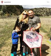 Γρηγόρης Γκουντάρας: Ο χαρταετός και η φωτογραφία με την οικογένεια του