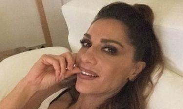 Η Δέσποινα Βανδή μας καληνύχτισε από το κρεβάτι της