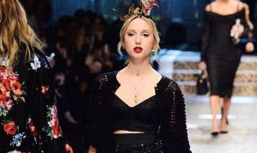 Η Μαρία Ολυμπία στο catwalk του οίκου Dolce & Gabbana