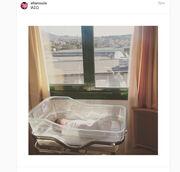 Ελιάνα Χρυσικοπούλου: Μας δείχνει το μωράκι της μέσα από το μαιευτήριο