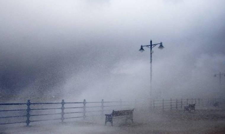 Έκτακτο δελτίο καιρού από την ΕΜΥ: Καταιγίδες και χαλάζι θα σαρώσουν σε λίγες ώρες τη χώρα