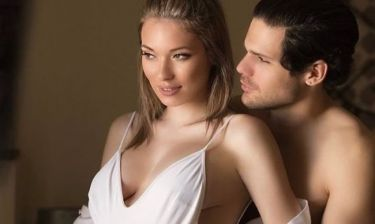 Η Μικαέλα Φωτιάδη περιμένει τον πελαργό και δηλώνει: «Είμαι πολύ ευτυχισμένη»