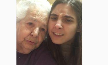 Φωτεινή Αθερίδου: Το χιουμοριστικό βίντεο με τη γιαγιά της