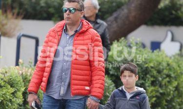 Γιώργος Λιάγκας: Απογευματινή βόλτα με το γιο του