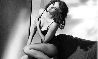 Κόλαση η Μαρία Κορινθίου – Η φωτό με κορμάκι και διχτυωτό καλσόν που «τρέλανε» το instagram