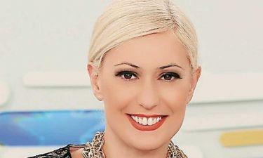 Η Μαρία Μπακοδήμου ποζάρει χωρίς ίχνος μακιγιάζ (φωτό)