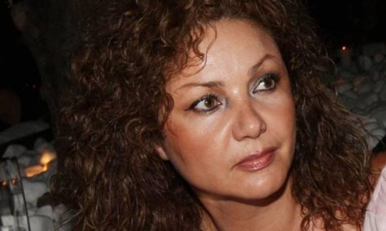 Η Σοφία Αρβανίτη μας ταξιδεύει στα αγαπημένα 90's