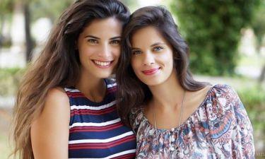 Χριστίνα και Ελίνα Μπόμπα: Μοιάζουν σαν δυο σταγόνες νερό!