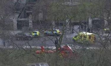 ΕΚΤΑΚΤΟ: Πυροβολισμοί κοντά στο Κοινοβούλιο της Βρετανίας - Δεκάδες τραυματίες - ΔΕΙΤΕ LIVE