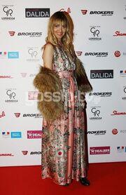 Πάρτι α λα ελληνικά για την ταινία … Dalida