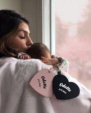 Γνωστό ζευγάρι απέκτησε το τρίτο του παιδί - Η πρώτη φωτό του νεογέννητου