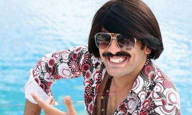 Τόνι Σφήνος: «Μου λένε ότι θέλουν να χορέψουμε ένα μπλουζ, να μου χαϊδέψουν το μουστάκι»