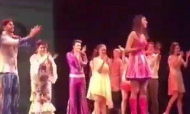 H Demy αποχώρησε από το Mamma Mia και ανακοινώθηκε επί σκηνής δια στόματος Βανδή