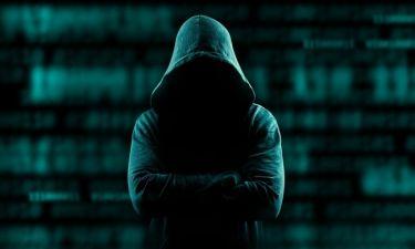 Θύμα χάκερ πασίγνωστη τραγουδίστρια. Διέρρευσαν γυμνές της φωτογραφίες