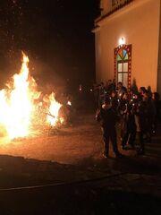 Συνέβη κι αυτό! Έκαψαν τον Στέλιο Χανταμπάκη αντί για τον Ιούδα στην Ανάσταση! (φωτό)