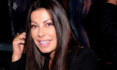 Γνωστή τραγουδίστρια αποκαλύπτει: «Η Άντζελα Δημήτριου έλεγε πως έπρεπε να είμαι η καθαρίστρια της»