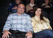Άννα Κουρή: Με τον σύζυγό της στο θέατρο