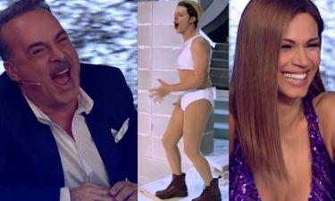 YFSF 4: Δάκρυσαν από τα γέλια οι κριτές βλέποντας τον Μακαλιά μεταμφιεσμένο σε Miley Cyrus