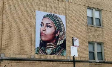 Μια τοιχογραφία της Μισέλ Ομπάμα έχει «ξεσηκώσει» το Σικάγο (pics)