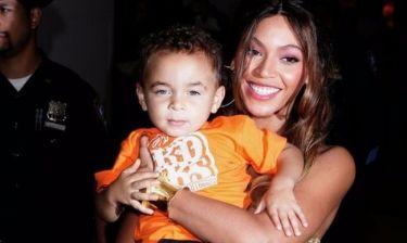 O δεσμός της Beyoncé με τον ανιψιό της, Julez, θα σας κάνει να λιώσετε
