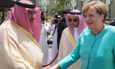 Στη Σαουδική Αραβία χωρίς μαντίλα η Άνγκελα Μέρκελ (pics)