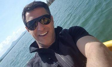 Κωνσταντίνος Αγγελίδης: Διακοπές με την οικογένειά του στην λίμνη Πλαστήρα