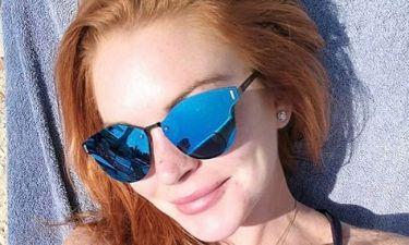 Ξανά στην Ελλάδα η Lohan. Κάνει ηλιοθεραπεία στο Λαγονήσι