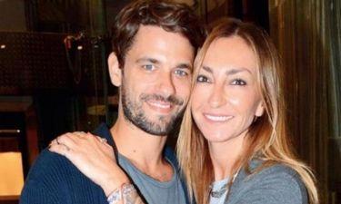 Ρούλα Ρέβη: Κάνει με τον τρόπο της δημόσια… εξομολόγηση στον σύζυγό της! Η φωτό του γάμου τους και…