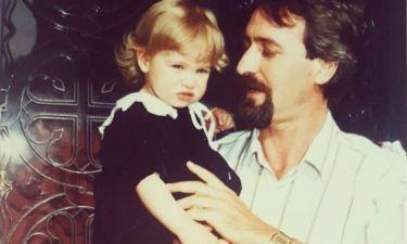 «Σήμερα γιορτάζει ο ήρωάς μου, ο μπαμπάς μου»