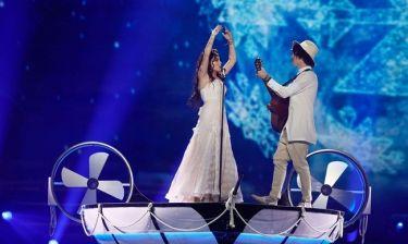 Eurovision 2017: Λευκορωσία: Η ρομαντική βαρκάδα των Naviband και το παθιασμένο φιλί στο στόμα
