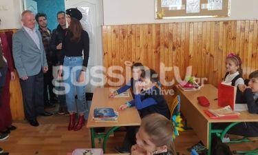 Eurovision 2017: Η συγκινητική επίσκεψη της Demy στο Ελληνικό σχολείο και ο άλλος Ευαγγελινός