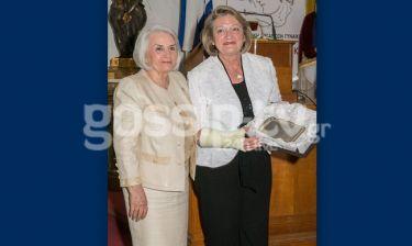 H Παναθηναϊκή Οργάνωση Γυναικών βράβευσε την Βλασία Παυλοπούλου