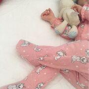 Σίσσυ Φειδά: Η κόρη της κοιμάται και εκείνη την φωτογραφίζει
