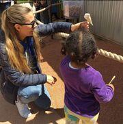 Βίκυ Βολιώτη: Με την κόρη της στην Αμερική