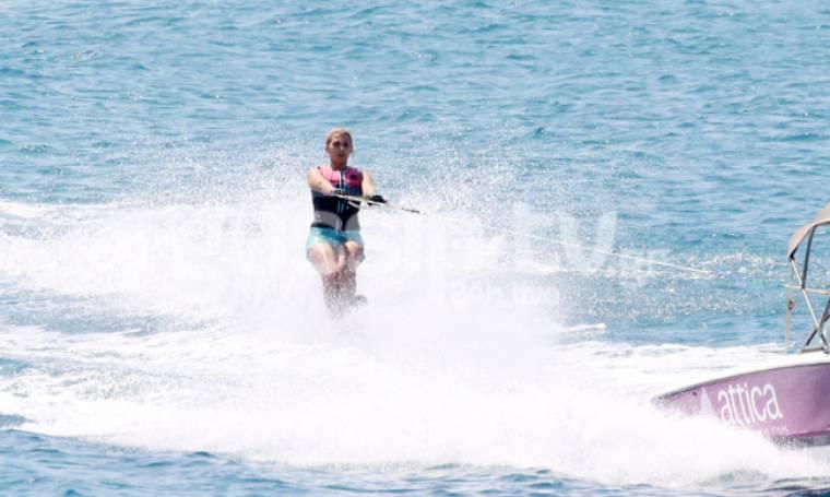 «Σκίζει» τα κύματα η…