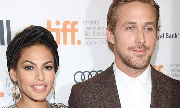 Για πρώτη φορά: Ryan Gosling και Εva Μendes σε βόλτα με τις δύο τους κόρες