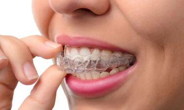 Τρίζετε τα δόντια σας ενώ κοιμάστε; 6 στρατηγικές για να το αντιμετωπίσετε