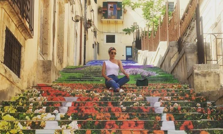 Τόνια Σωτηροπούλου: Το ταξίδι της στη Σικελία