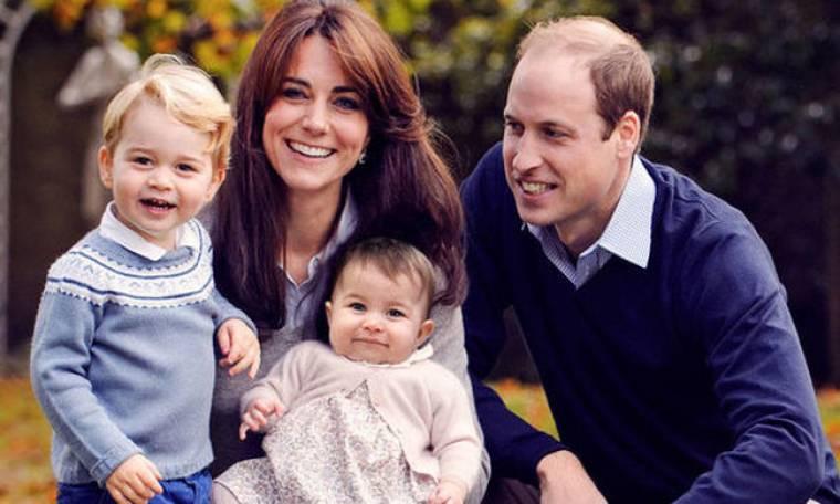 Η πρώτη οικογενειακή φωτογράφιση και η αποκάλυψη για τον γιο του