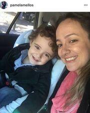 Ελληνίδα τραγουδίστρια γέννησε δεύτερο παιδί και το ανακοίνωσε μέσω instagram