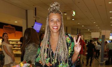 Η Λάουρα Νάργες αποχωρίζεται τα ράστα της- Δείτε το νέο της look