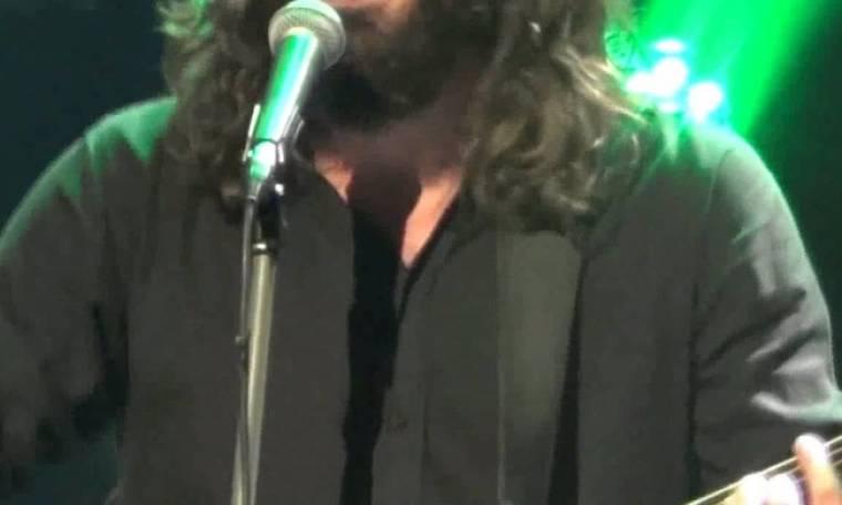 Έλληνας τραγουδιστής βαφτίζει το πρώτο του παιδί