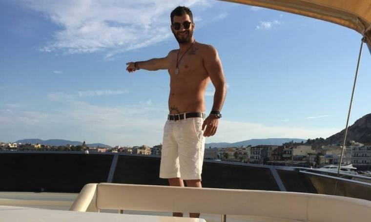 Μάνος Ιωάννου: Βόλτα με το σκάφος του