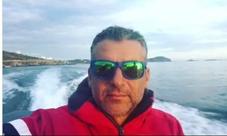 Γιώργος Λιάγκας: Βόλτες με το σκάφος του στα νησιά