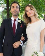 Οι πρώτες φωτογραφίες του γάμου γνωστής Ελληνίδας