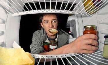 Τρώτε αργά βραδινό; Δείτε από τι κινδυνεύετε