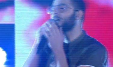 X Factor: Με ένα διαφορετικό τραγούδι στη σκηνή του σόου ο Σάββας Σαββίδης